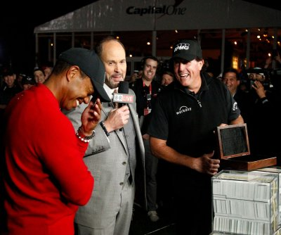Phil Mickelson beats Tiger Woods in face-off, wins $9M
