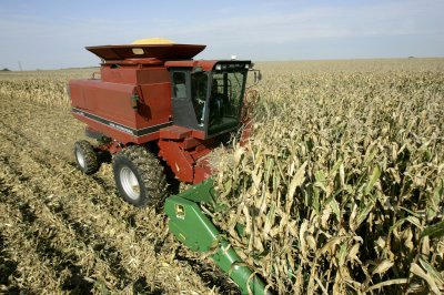 Rushed fall harvest could cause farmer injuries, deaths, safety experts say