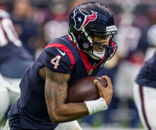 Deshaun Watson leads Texans over Lions on Thanksgiving