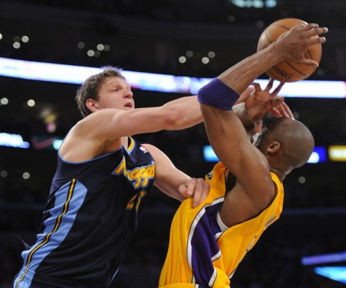 Cleveland Cavaliers land C Mozgov from Denver Nuggets