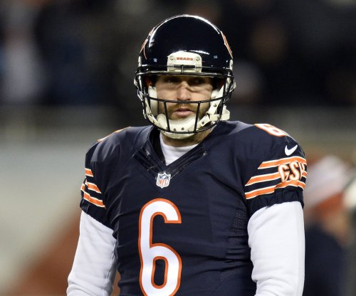 Chicago Bears QB Jay Cutler injured in loss to Arizona Cardinals