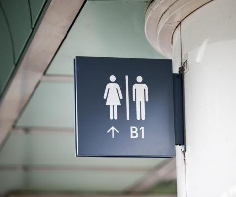Justice Dept. warns North Carolina to ditch bathroom law or possibly lose millions in federal funding