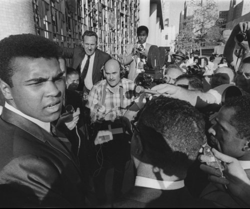 Muhammad Ali Jr. detained by immigration officers at South Florida airport