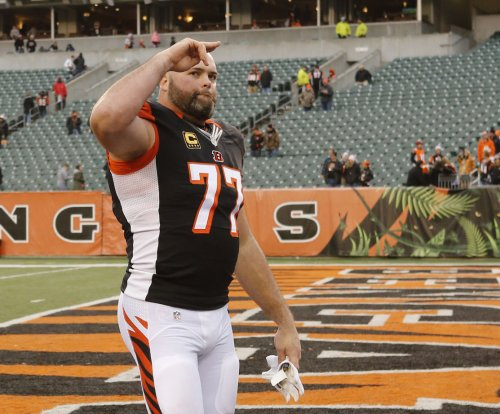 Los Angeles Rams to sign LT Andrew Whitworth