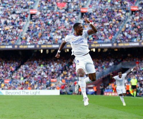 Soccer: Real Madrid beats Barcelona in El Clasico