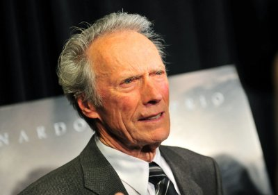 Eastwood says he can't seem to retire from acting