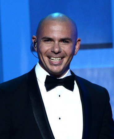 Pitbull to host the American Music Awards for a second year