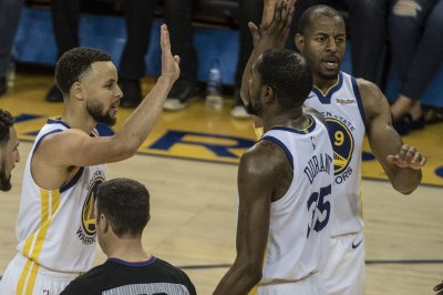 Golden State Warriors hoping to have Kevin Durant, Klay Thompson for Game 4
