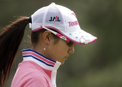 Ai Miyazato in front at LPGA Titleholders