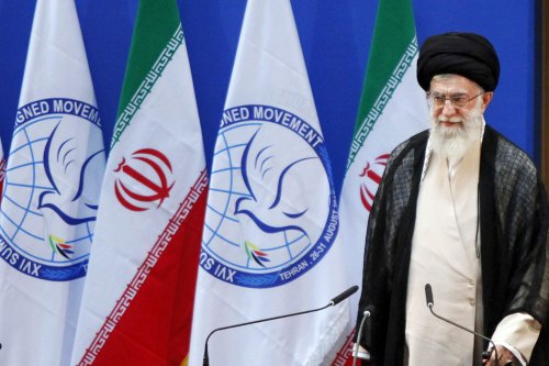 Iran's supreme leader snubs Washington