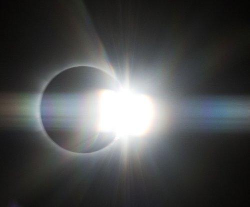 Study explains mysterious 'eclipse wind'
