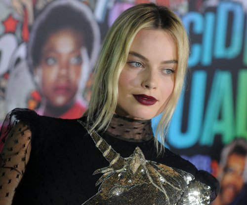 Margot Robbie signs first look deal with Warner Bros.