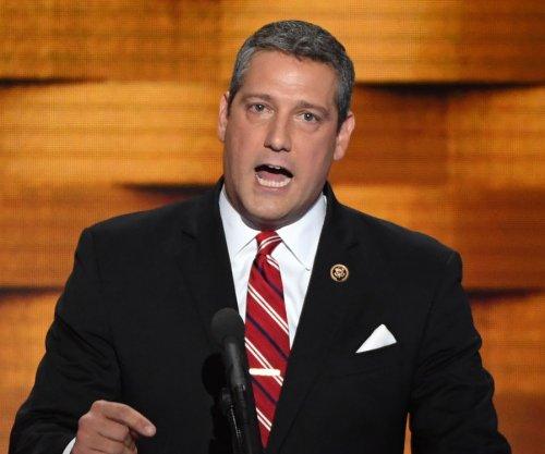 Ohio's Ryan launches bid to take over Democrats' House leadership from Pelosi