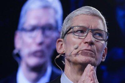 Tech giant Apple turns green
