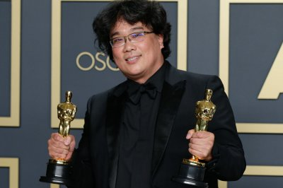 'Parasite' wins Best Picture, Best Director at 2020 Oscars