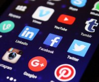 Survey: Relying on TV, social media for COVID-19 news leaves people less informed