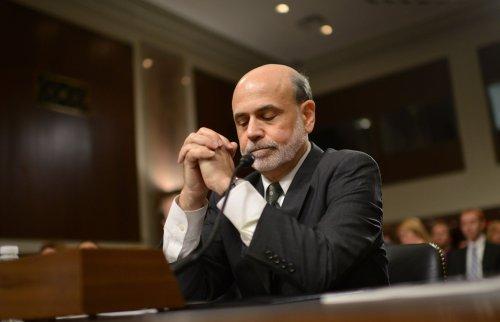Warren Buffett picks Bernanke for third term as Fed chairman