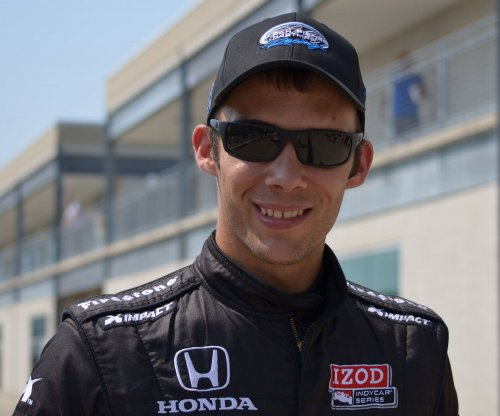 Dirt-track driver Bryan Clauson dies after midget car crash