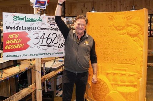 Store seeks Guinness record with 3,462-pound cheese sculpture