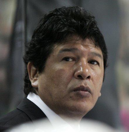 N.Y. Islanders fire coach