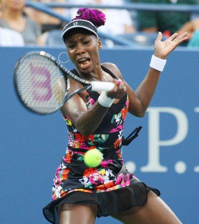 Serena, Venus Williams win at Dubai