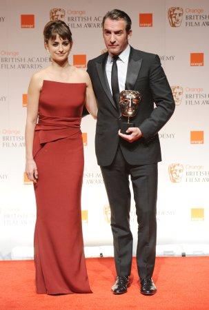 'The Artist' wins big at BAFTAs