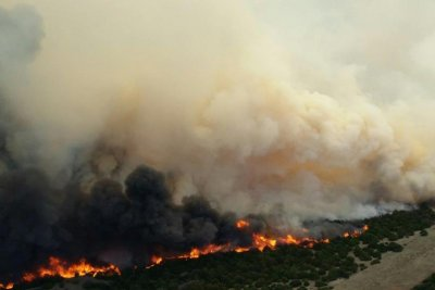 Wildfires converge in Midwest; hundreds evacuated; 55K acres torched in Kansas, Oklahoma