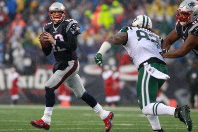 Houston Texans' No. 1 pass defense faces big test against New England Patriots' Tom Brady