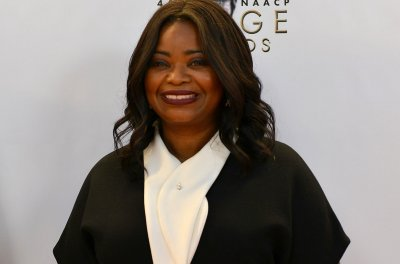 Octavia Spencer, Scarlett Johansson to host 'Saturday Night Live' in March