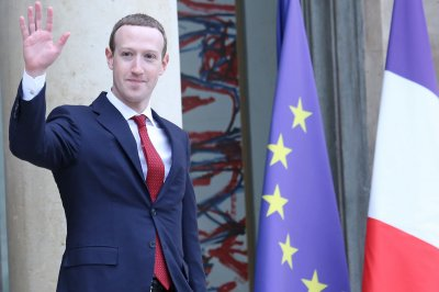 Zuckerberg faces challenge to power at shareholder meeting