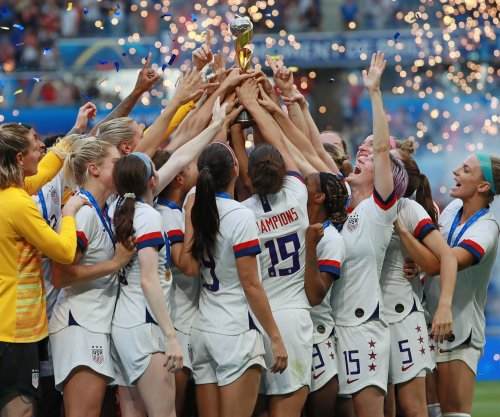 Women players seek class action in lawsuit against U.S. Soccer