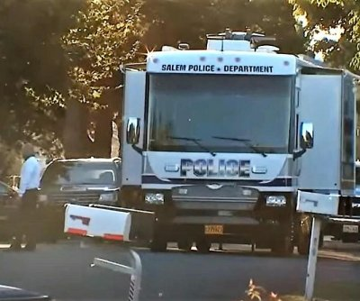 Police: 'Multiple' dead after hostage standoff in Oregon