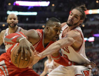 NBA: Chicago 111, Houston 87