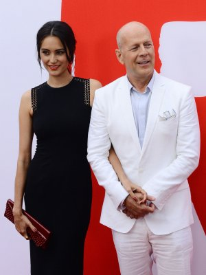Bruce Willis cuts Idaho home price by $1.2M