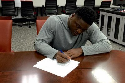 Tampa Bay Buccaneers LB Jeremiah George signs exclusive rights contract