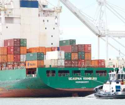 Oakland, Calif., votes to ban coal handling, storage at planned shipping terminal