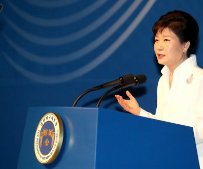 South Korean president suggests end to presidential term limit