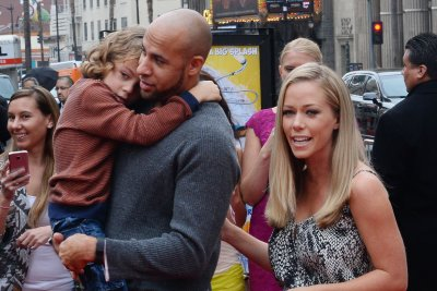 Kendra Wilkinson having 'marital problems' with Hank Baskett