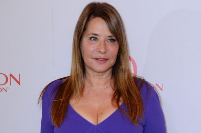 Lorraine Bracco speculates about 'Sopranos' on 'WWHL'