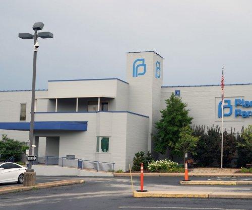 Judge dissolves injunction on four new Arkansas abortion laws
