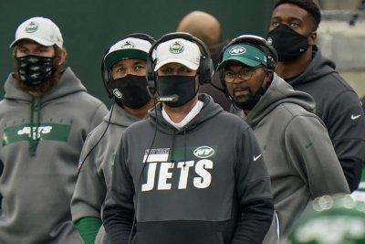 NFL OKs plan to reward teams for developing minority coaches, execs