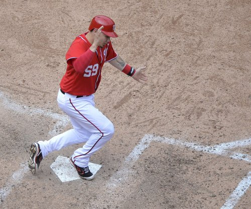 Washington Nationals win on Jose Lobaton sacrifice fly in 10th
