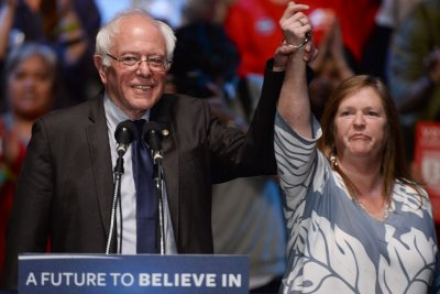 Bernie Sanders breaks from campaign to see Broadway's 'Hamilton'