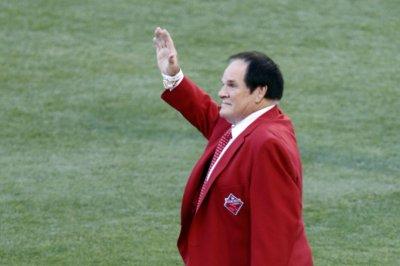Pete Rose sues former MLB investigator over statutory rape claims