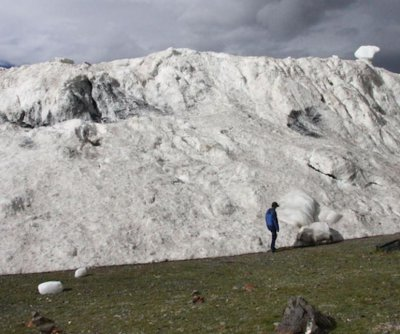 Study pins 2016 Tibetan avalanche on climate change