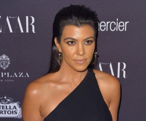 Kourtney Kardashian steps out with Justin Bieber