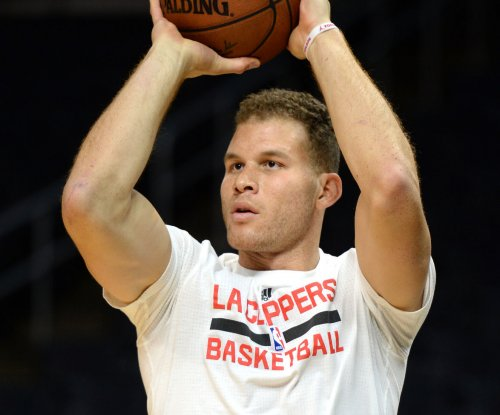 Blake Griffin paces Los Angeles Clippers to win over spiraling Charlotte Hornets