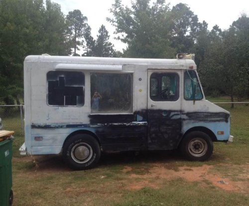 Man credits Facebook users with swift return of stolen ice cream truck