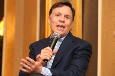 Longtime NBC Sports host Bob Costas joins CNN
