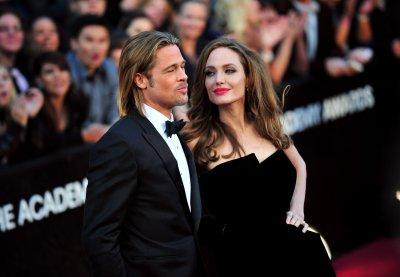 Angelina Jolie says ring isn't wedding band
